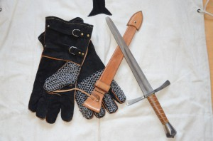 Gloves with chainmail and a dagger